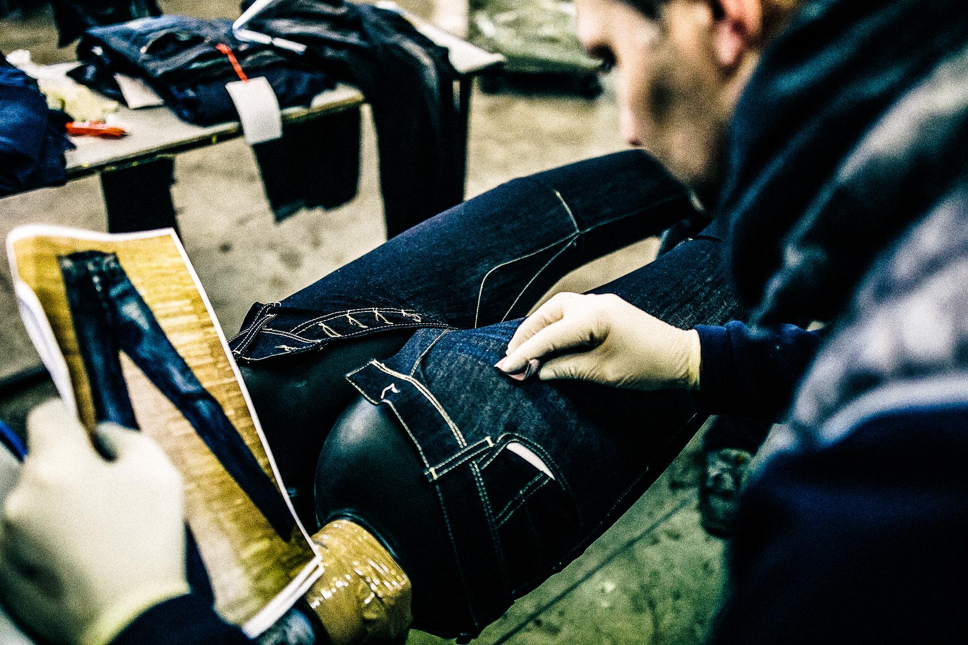 personalizzazione-lavorazione-jeans